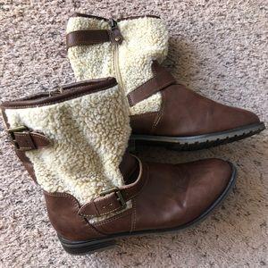 Sporto winter boots, size 7M